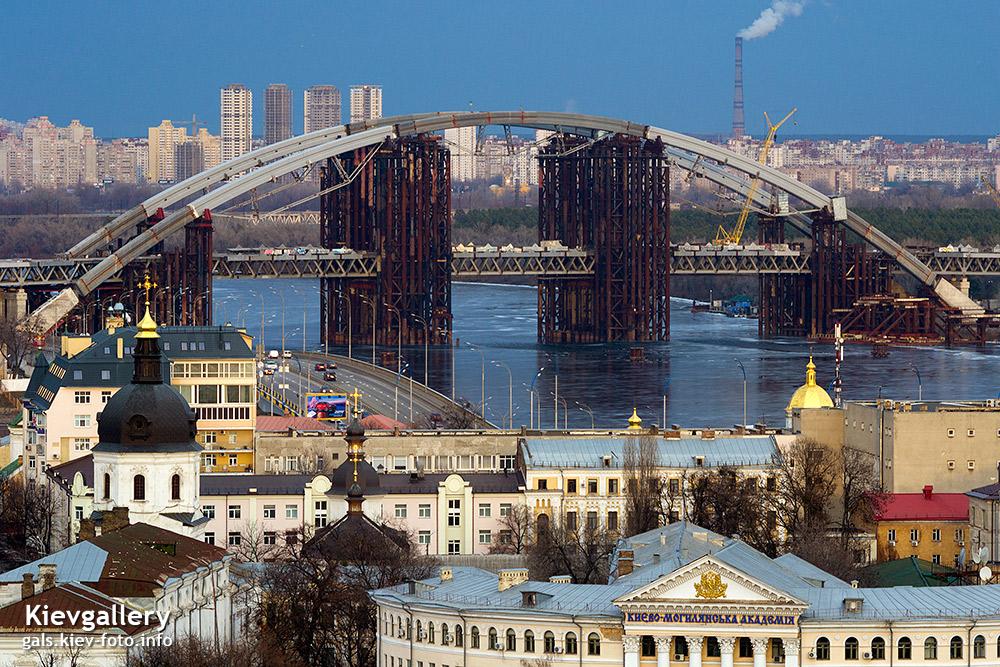 Крупный вид Подольского моста - View of the Podolsky bridge