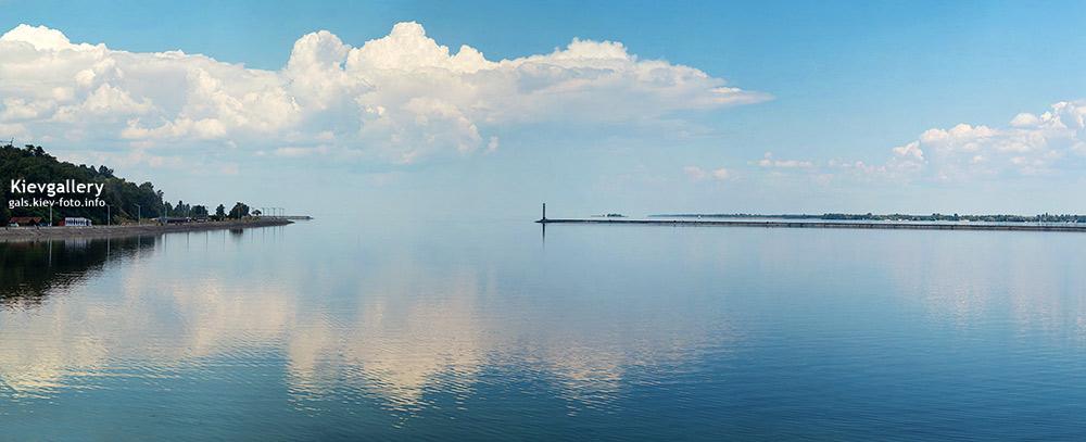 Киевское море или прозрачная бесконечность. The Kiev Sea or transparent infinity