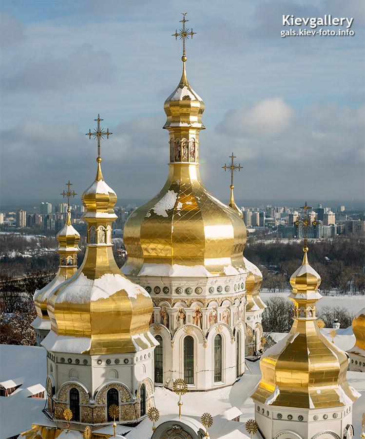 Купола спенского собора