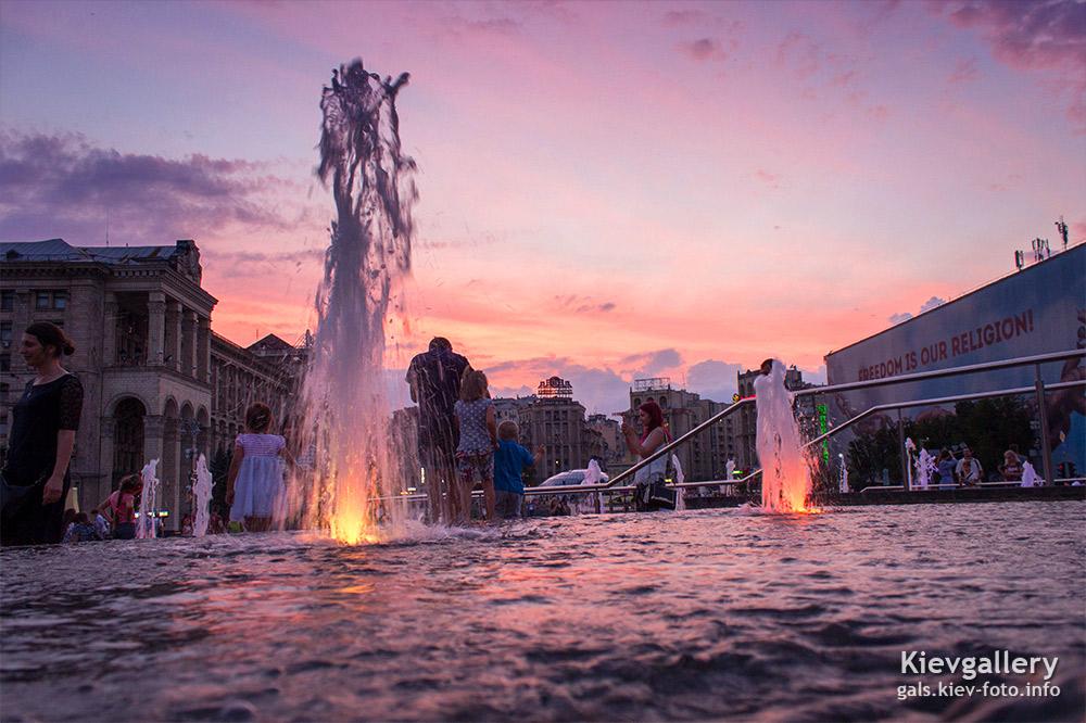 Каскады на Майдане на закате