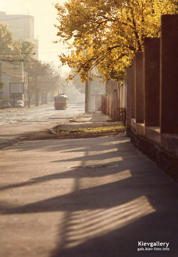 Осенний октябрьский Киев (2019). Улица Кирилловская