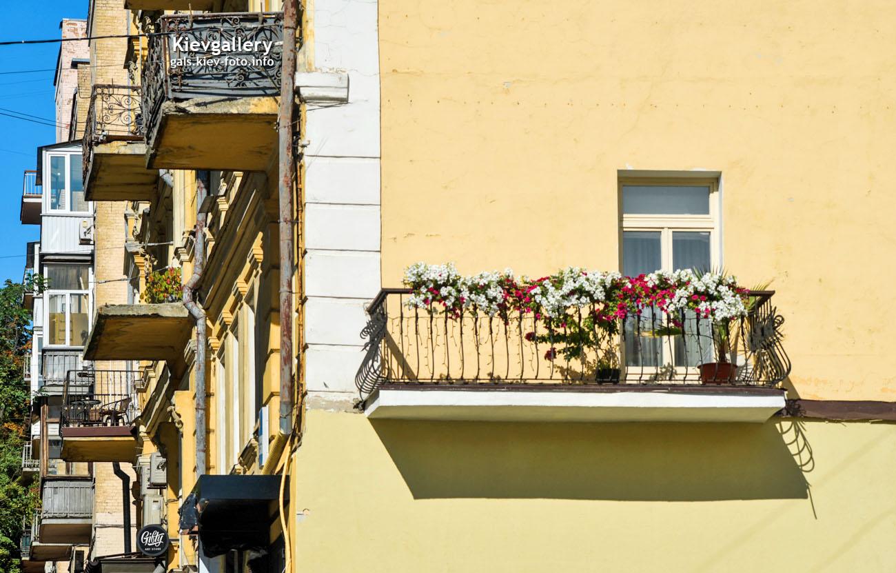 Балкон дома на Костельной